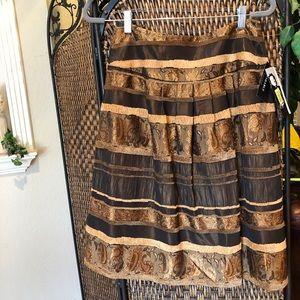 Brocade brown skirt